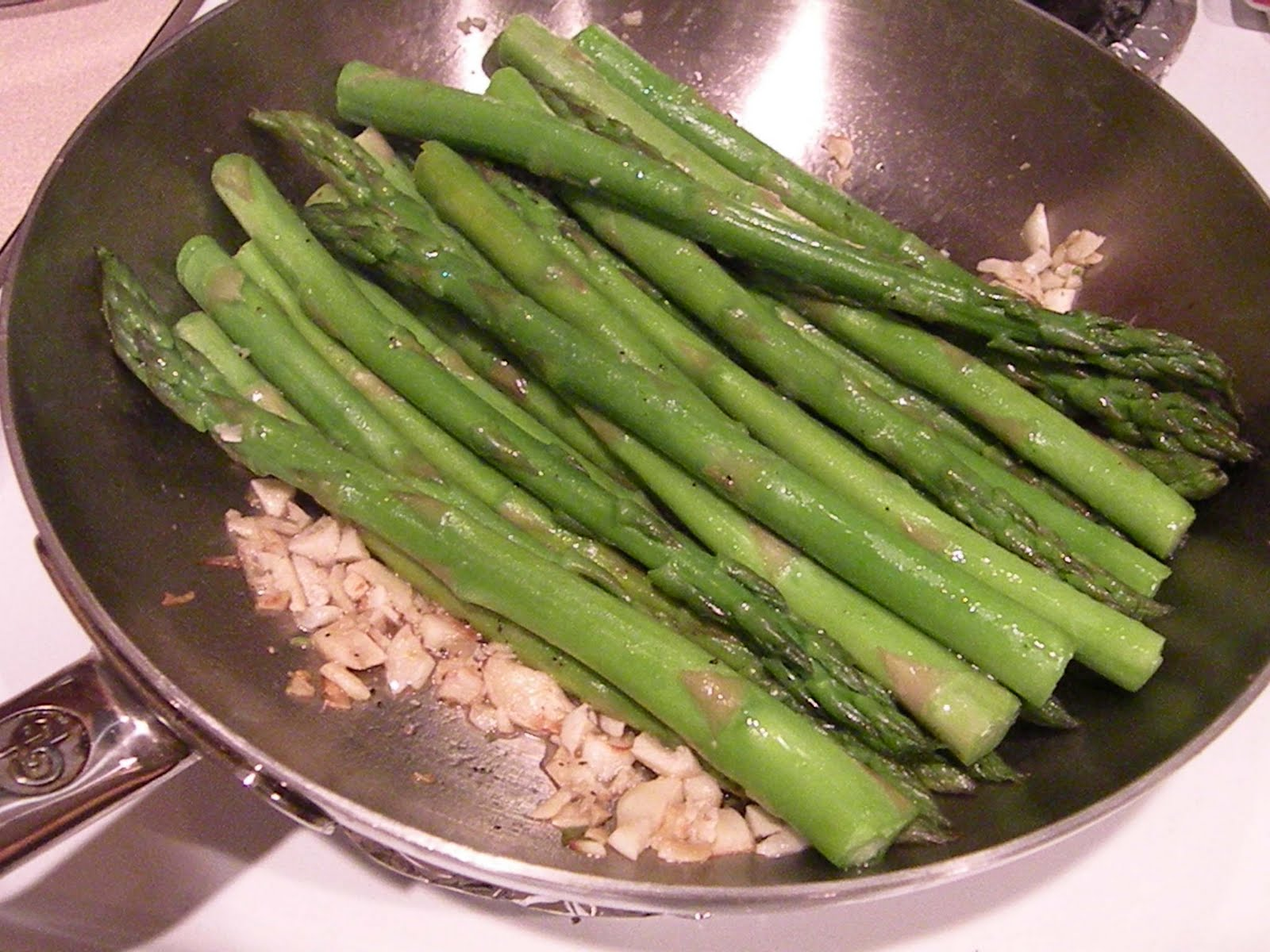 The domestic mommy blog quick steamed fish with asparagus for Fish and asparagus