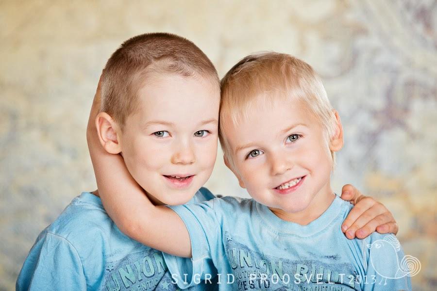 portreefoto-fotostuudios-fotopesa-poisid-vennad