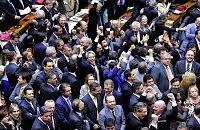 Câmara rejeita financiamento empresarial de campanhas eleitorais
