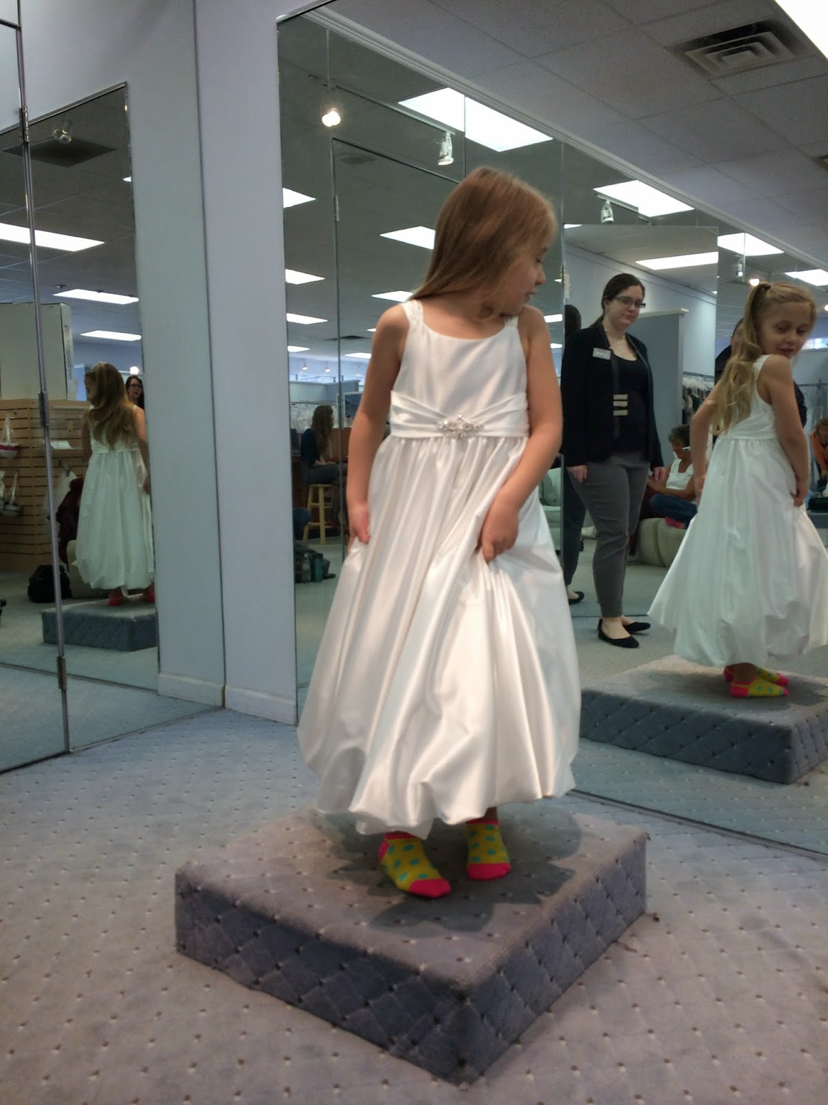 Doeblerghini Bunch:  Flower Girl Dresses - White Satin - Ariel