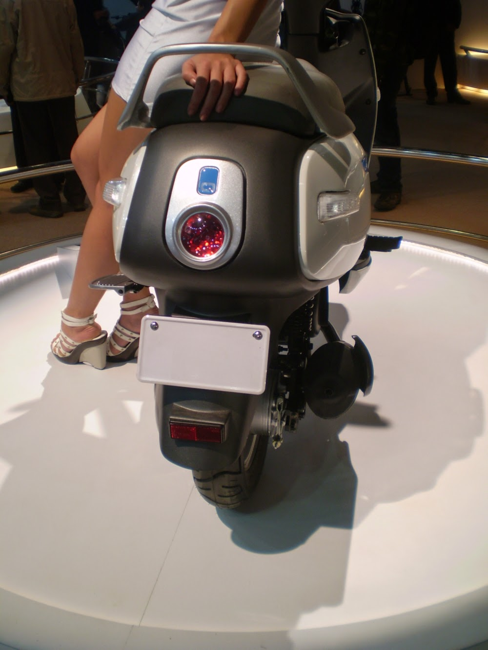 Tvs upcoming hybrid scooter tvs qube specs reviews images launch date