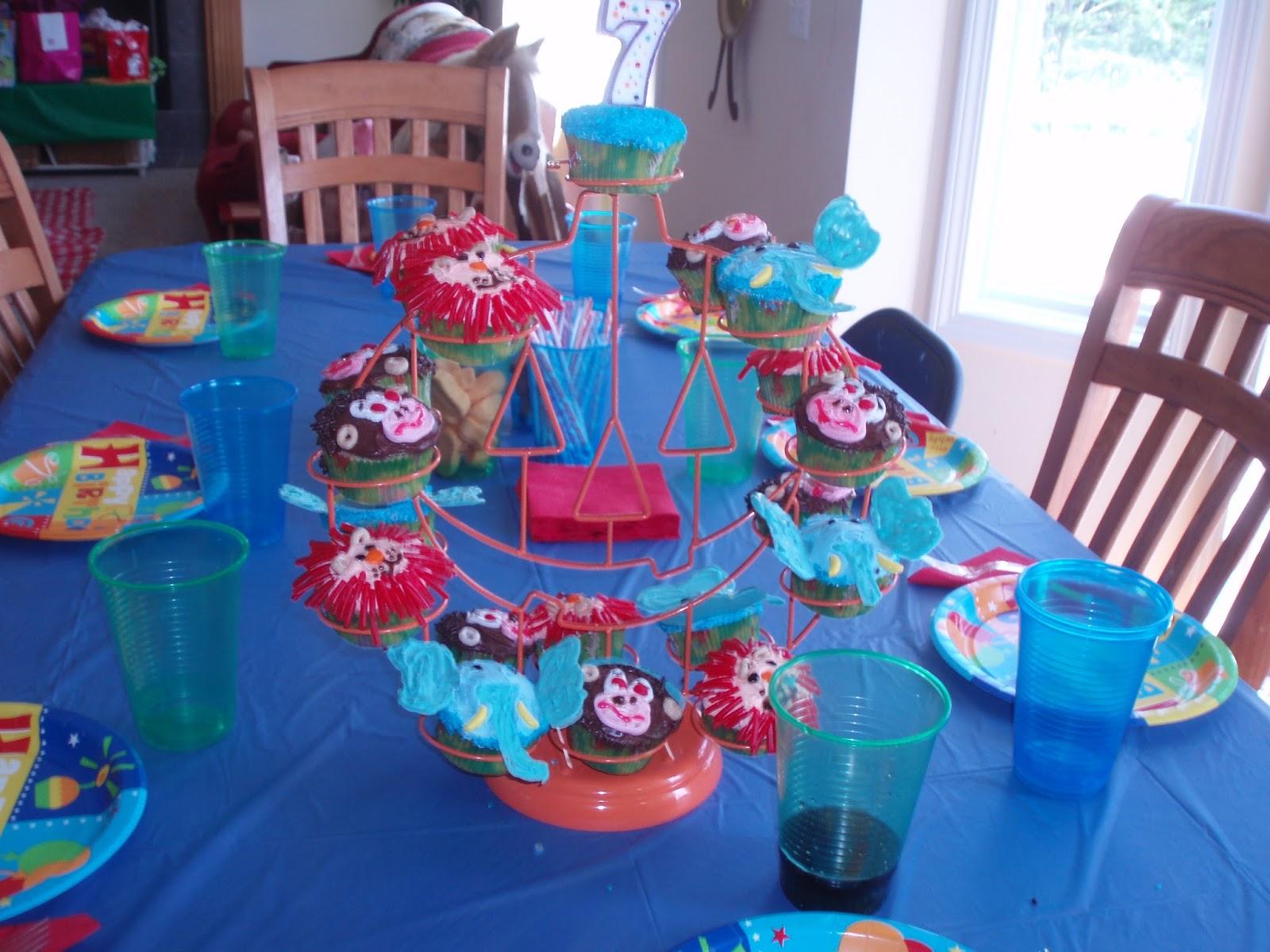 Lion Cupcakes, Elephant Cupcakes, Monkey Cupcakes