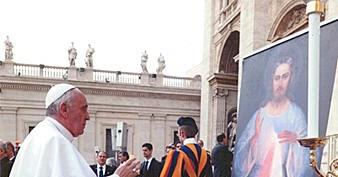 Pope_Francis_Divine_Mercy_Vilnius.jpg