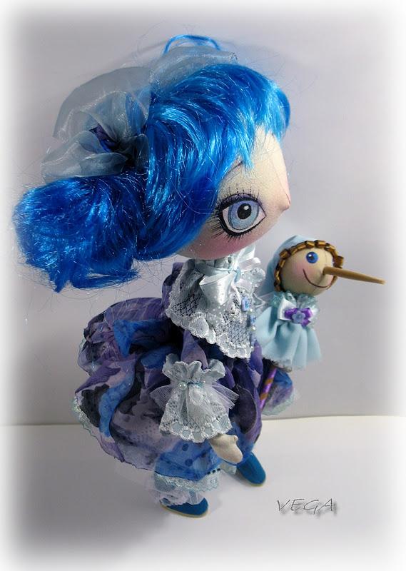 Куколка на палочке 94