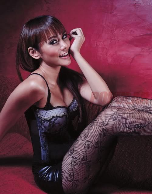 Profile - Foto Hot Anita Hara