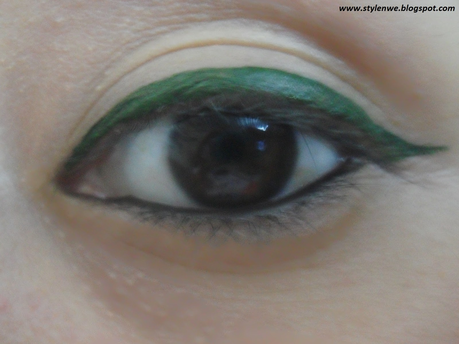 Maybelline Hyper Glossy Liquid Liner Khaki Review Swatches Black Eyeliner What I Love About