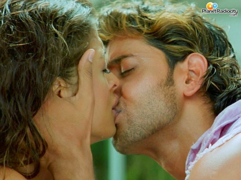 Hrithick Roshan And Aishwarya Roy Kissing
