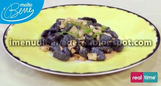Gnocchi al Nero di Seppi Finocchietto e Salmone di Benedetta Parodi