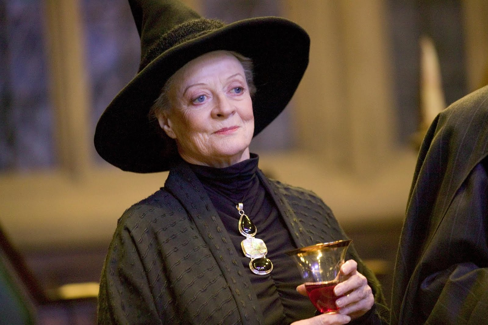 Pictures of Famous Actresses: Maggie Smith