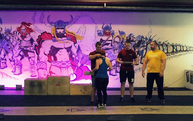 erőemelés, edzés, egészséges életmód