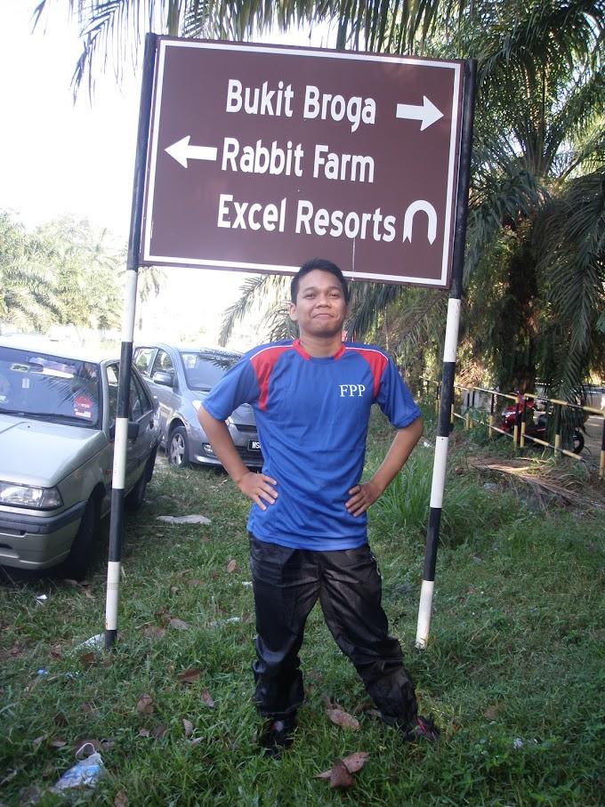 Travel Around Selangor (2) - Expedisi Mendaki bukit Di Broga Hills