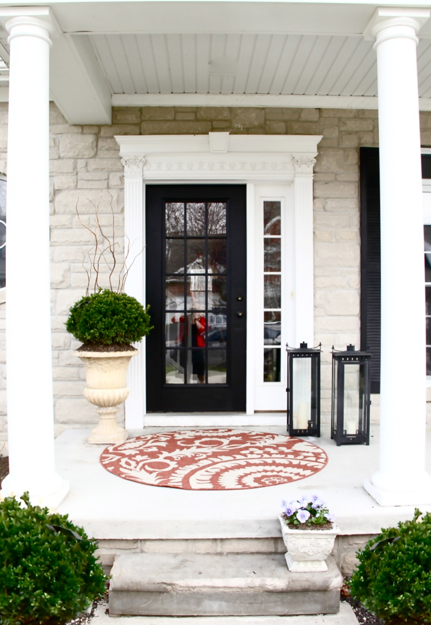 The yellow cape cod how to create a low maintenance for Front door entrance patio