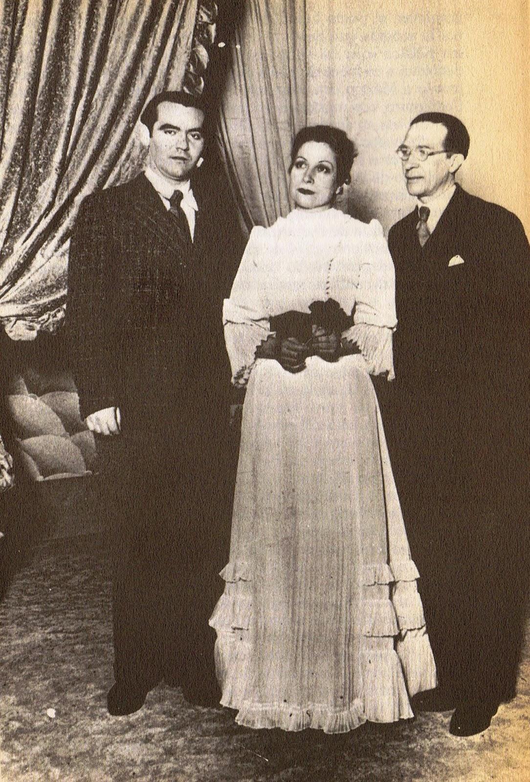 Lorca, Margarita Xirgu y Cipriano Rivas en septiembre de 1935