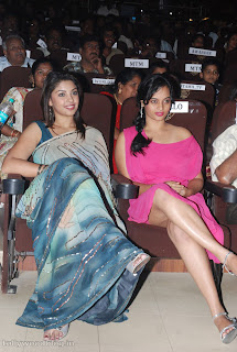 Suja Varunee spotted in a short pink gown at Edition Awards 2012