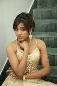 glamorous Vithika sheru new sizzling pics-thumbnail-19