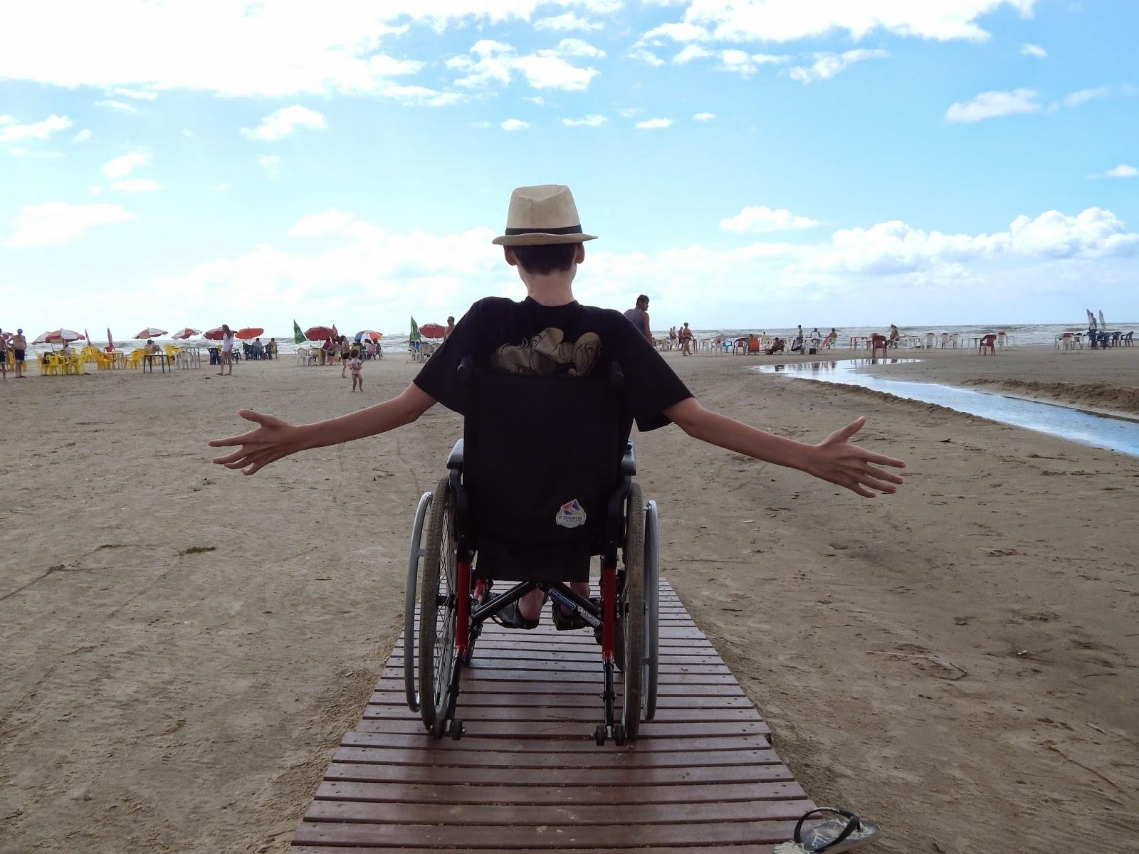 Verão e férias é a combinação perfeita para curtir uma praia  #0F8DBC 1600 1200