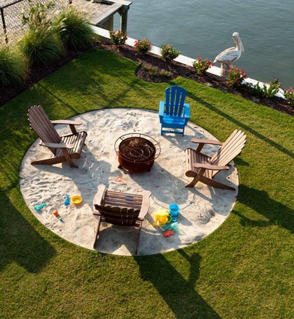 Arenero circular en medio del jardin