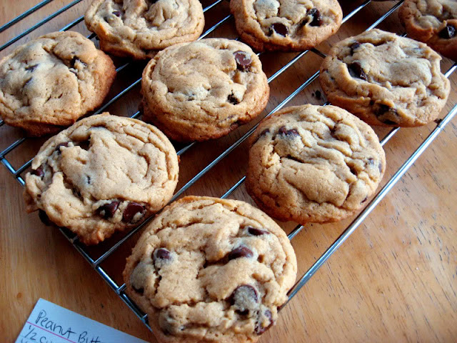 Peanut Butter Chocolate Chip Cookies by freshfromthe.com