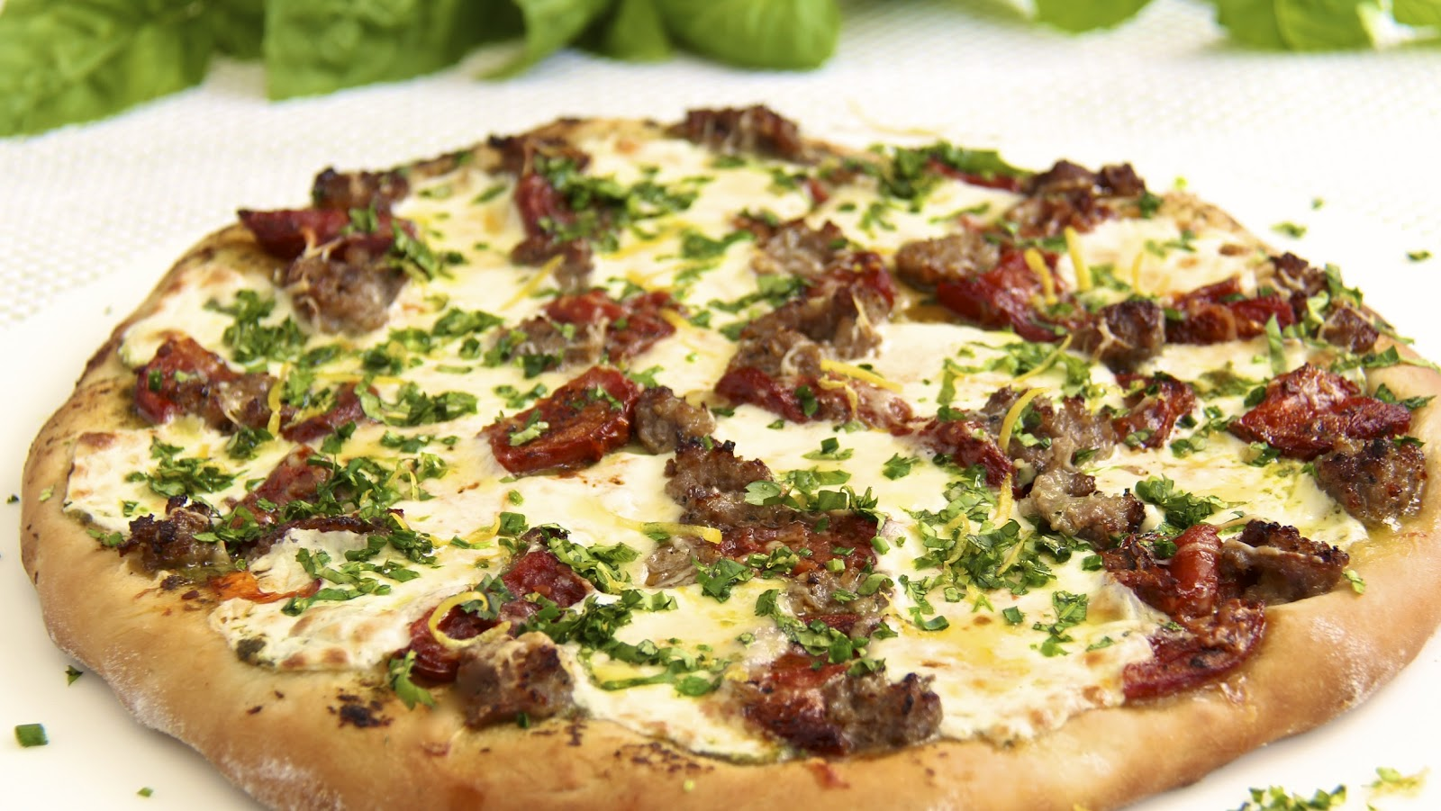 Pesto Pizza w/ Italian Sausage, Slow-Roasted Tomatoes & Spring Herb ...