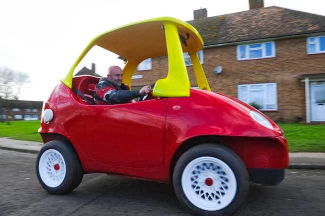 Definitely Motoring: Full scale Little Tikes Cozy Coupe