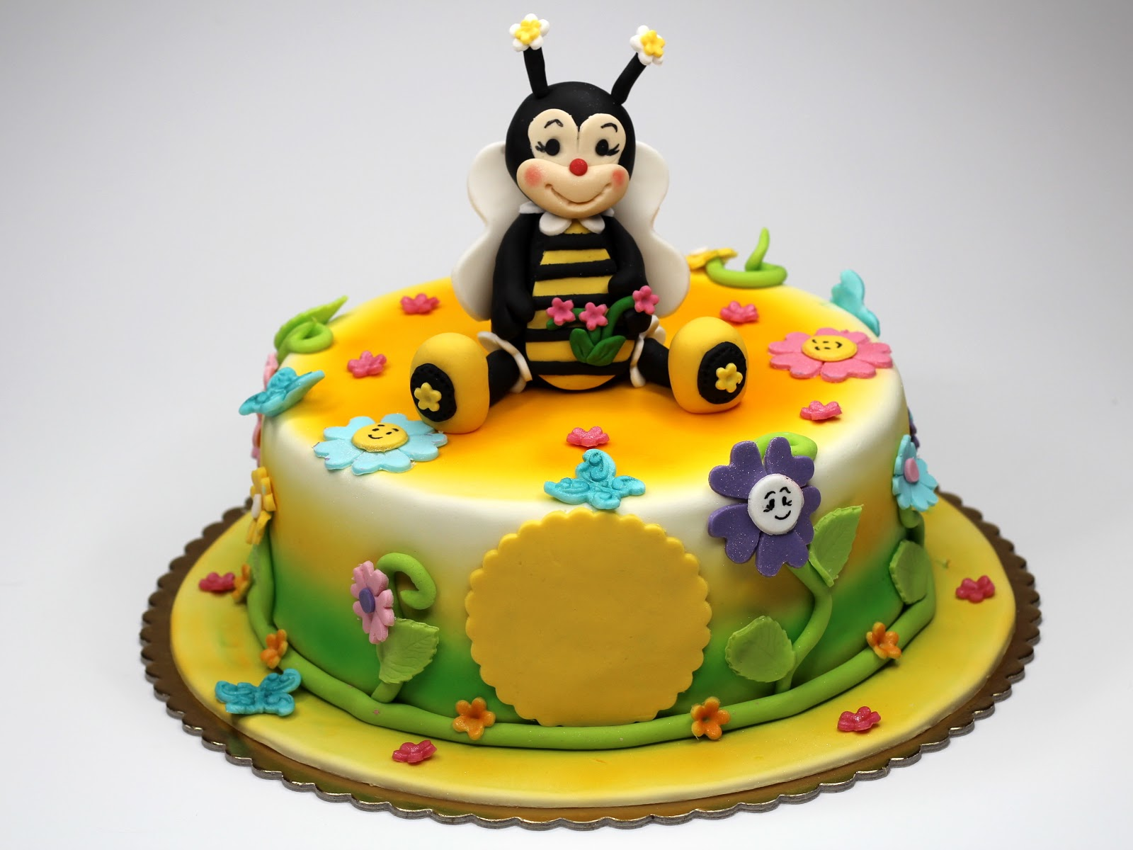 Birthday Cakes For You Birthday Cake With Bees