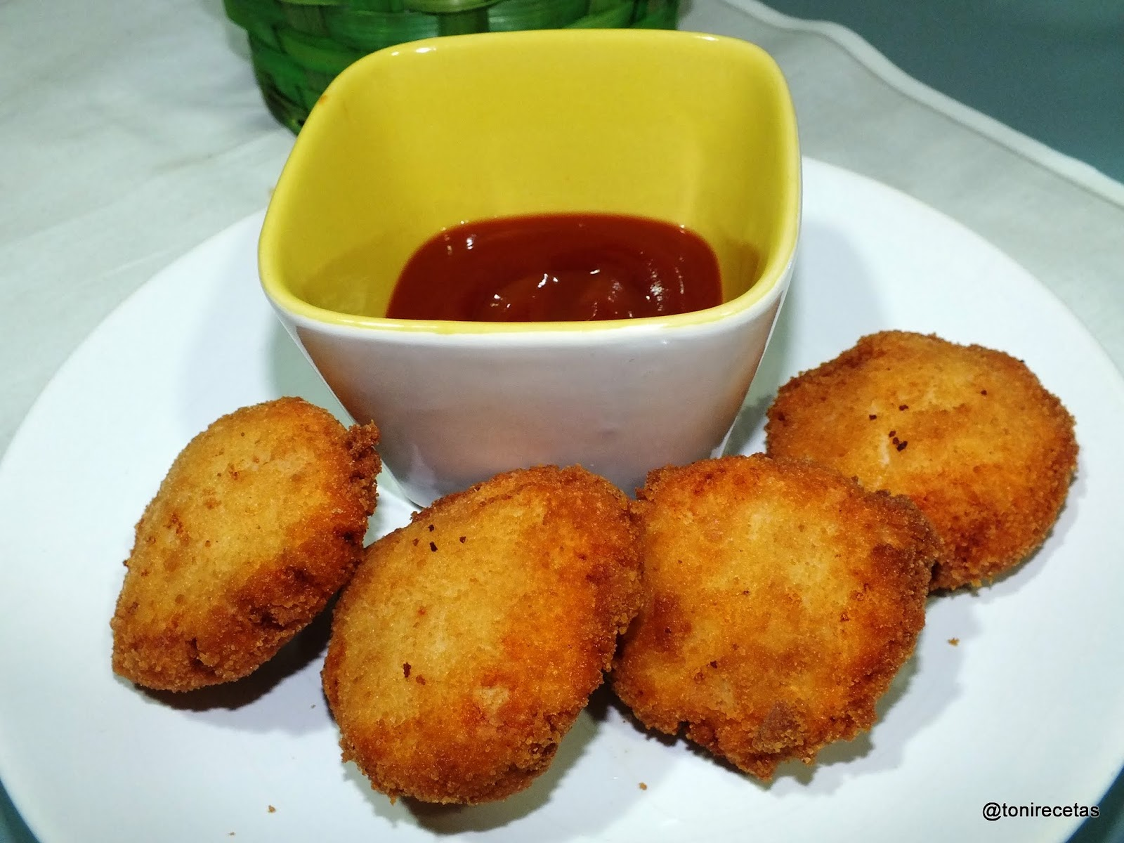 La cocina de toni nuggets de pollo caseros y f ciles for Platos caseros faciles