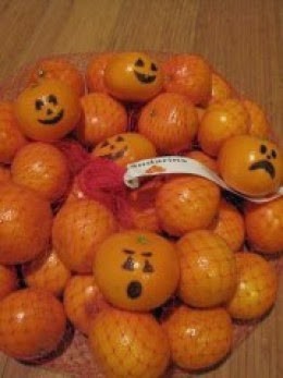 http://iheartkafka.hubpages.com/hub/Healthy-Halloween-Treats-for-Kids