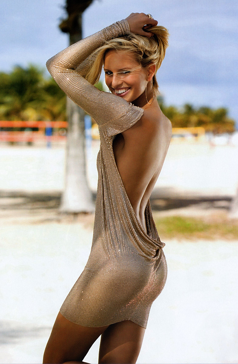 Karolina Kurkova in Elle US May 2005 (photography & styling: Carlyne Cerf de Dudzeele)