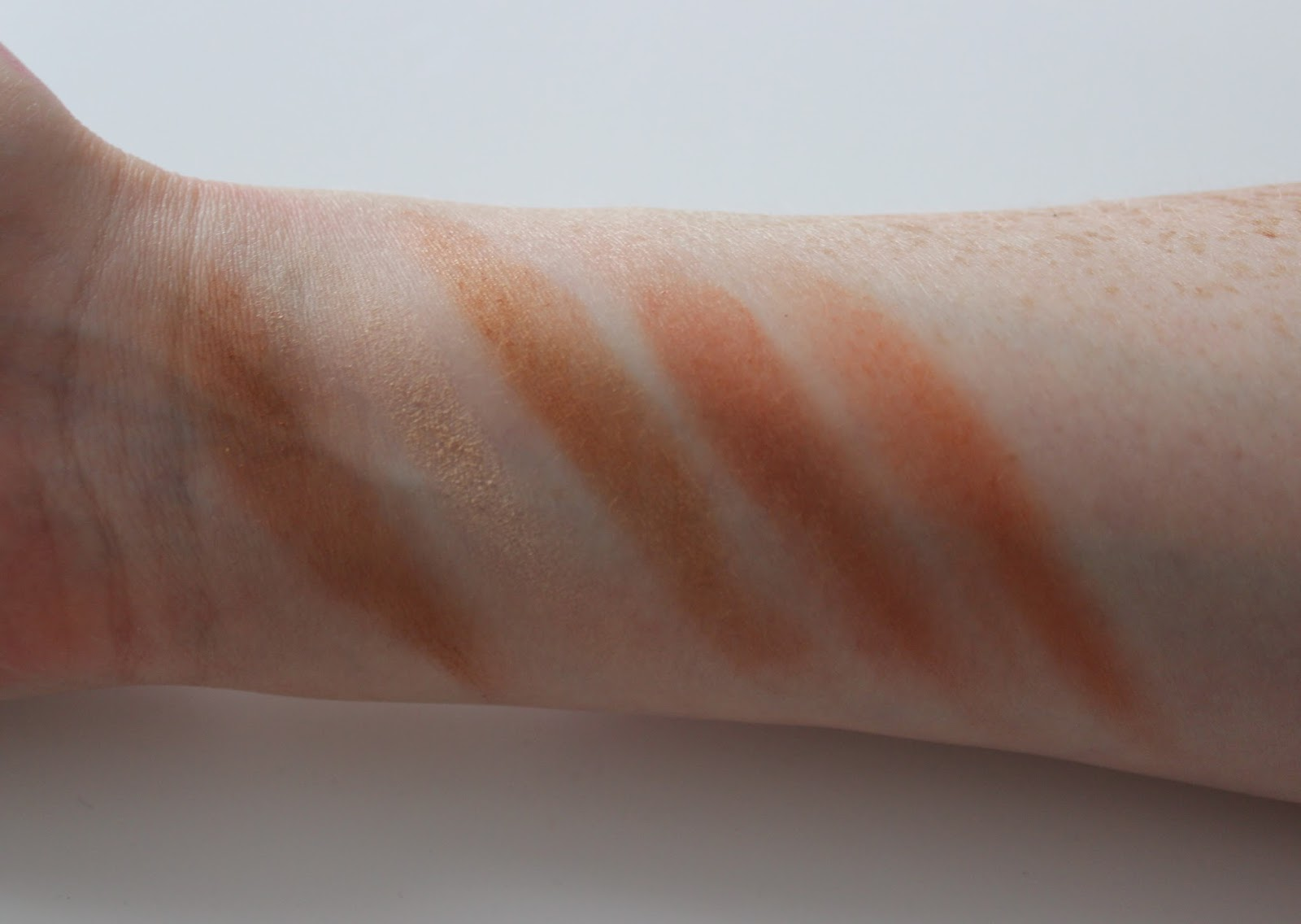 Bourjois bronzer swatches