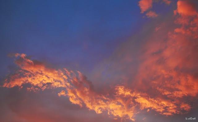 Un ciel de juin en soirée