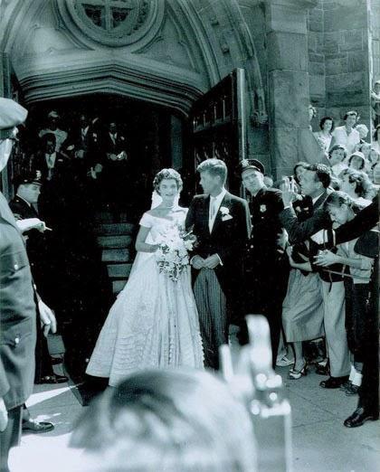 Foto John F. Kennedy dan Jacqueline