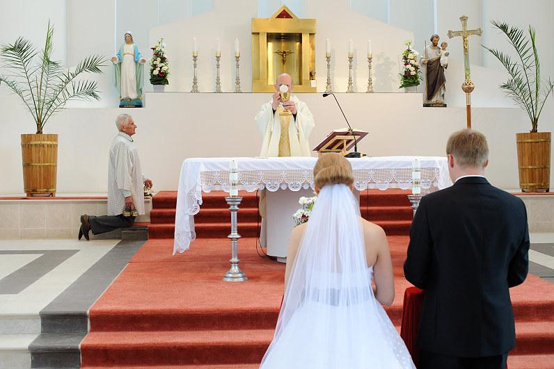 bažnyčios panevėžio rajone truskavoje