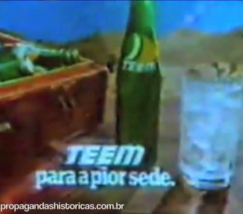 Provocação da sede levada ao limite na propaganda do Refrigerante Teen. Homem no deserto carente de uma bebida.