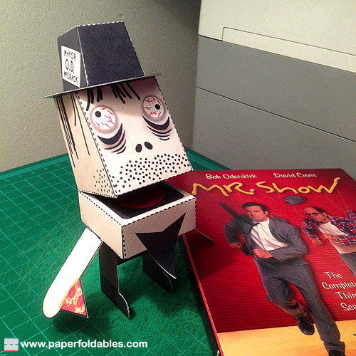 Mayor OD McCrack Paper Toy