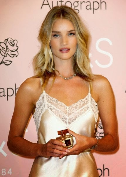 Rosie Huntington-Whiteley Hot Wallpapers In White Gown Dress