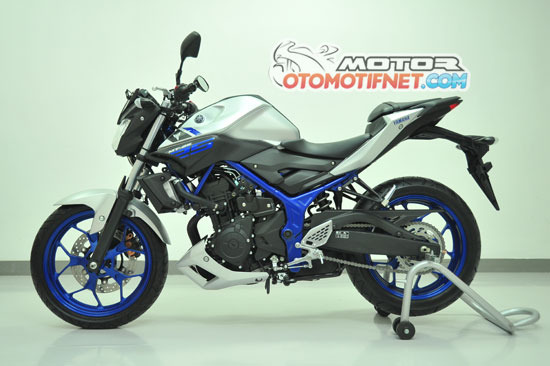 Dirilis hari ini , inilah bentuk utuh dari Yamaha MT-25 !