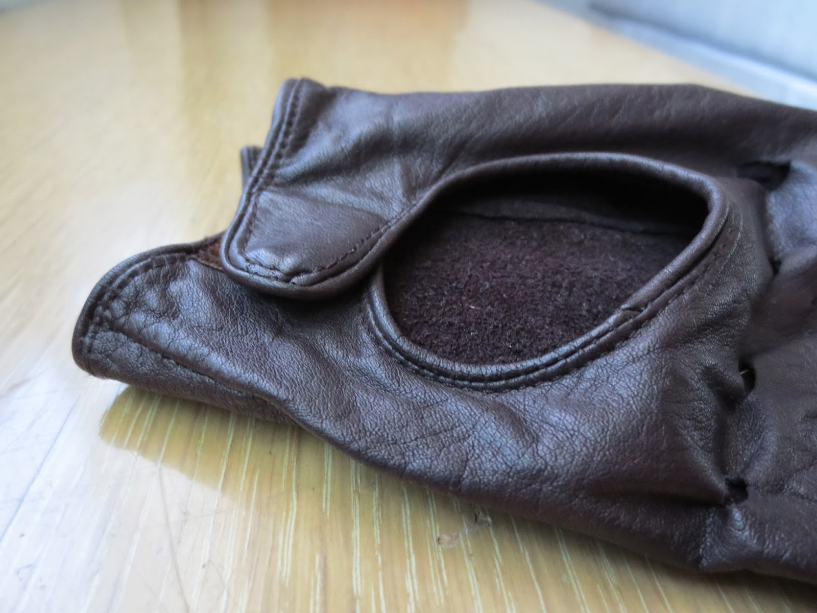 1960s brown leather driving gloves via Brentwood Lane
