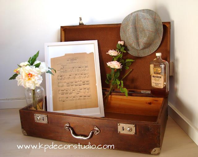 """alt=""""vieja_maleta_de_madera_a_la_venta_old_wooden_suitcase_Verkauf_von_antiken_Koffer_vente_valisa_antique"""""""