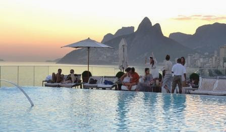 hotel, infinity pool, pool party, Rio, glamour