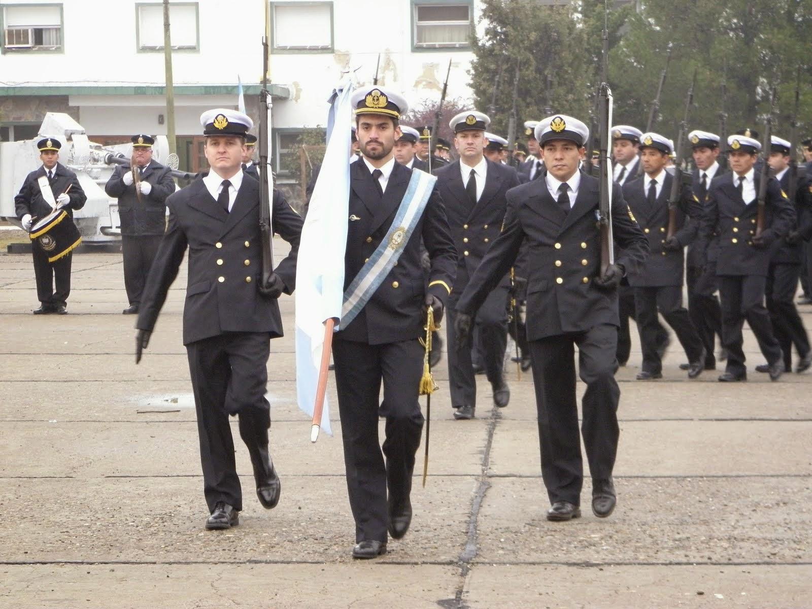 Ceremonia por el día de la Armada Argentina en la FAE3