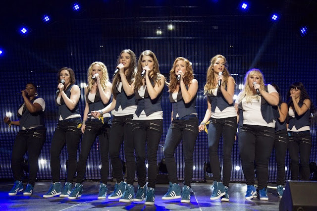 Ladíme 2 (Pitch Perfect 2) – Recenze