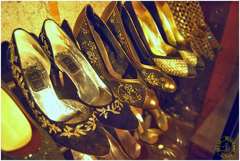 essay the shoes of imelda marcos In this collection of brief essays, journalist jacobbi misses by at least two seasons the one can never have too many shoes era roughly bracketed by imelda marcos on.