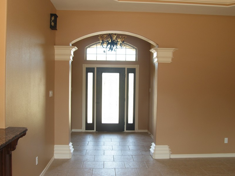 Arch Crown Molding