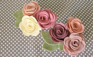 Cara membuat replika bunga mawar dari kain flanel