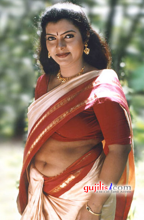 Sajini Photos http://gsvpics.blogspot.com/2011/11/mallu-actress-sajini-deep-navel-pics.html