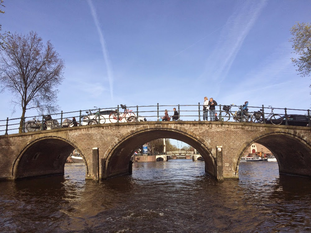 AMSTERDAM - Our new home, Lunching by the canal, Canal Cruising & BIRD Thai...