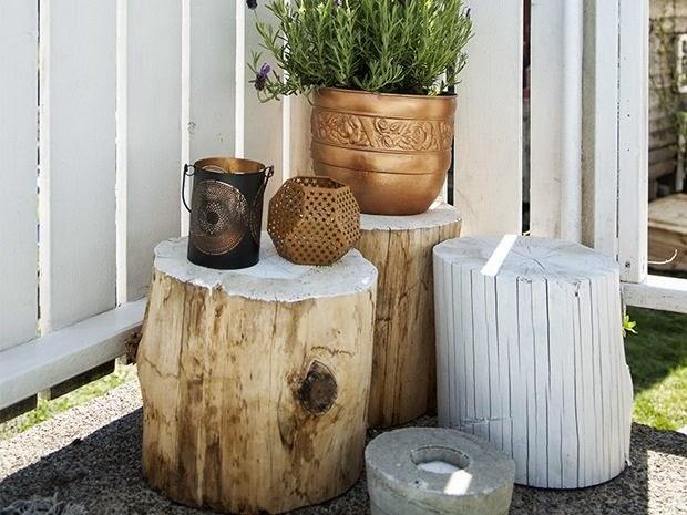 Decoraci n f cil inspiraci n en un jard n para una tarde - Troncos para jardin ...