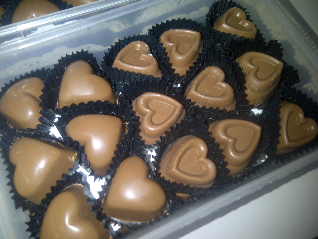 Chocolate For Wedding Door Gift : DinFas HomeMade Delicacy: Loose Chocolate order for Wedding Door Gift