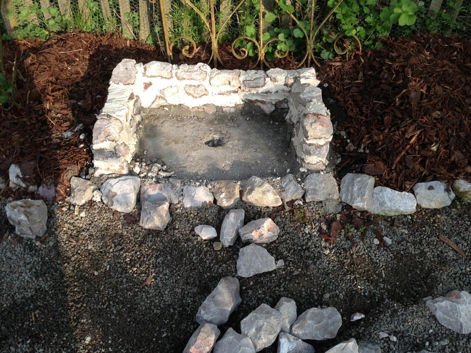 La ferme des blancs pignons: une niche pour une statue