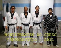 ministrantes do curso Estadual de Instrutores de Taekwondo